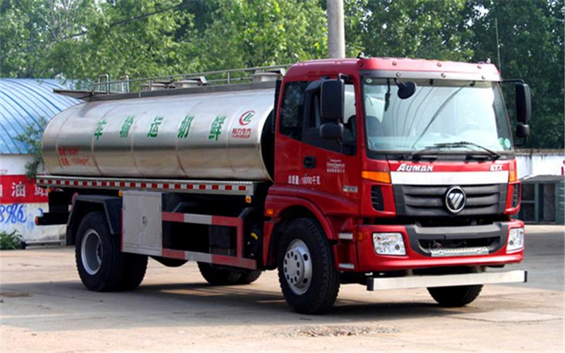 欧曼单桥鲜奶运输车