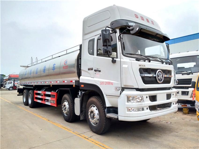 国五重汽8×4鲜奶运输车